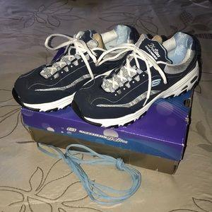 Skechers D'Lites Walking Running Shoe Sz 10